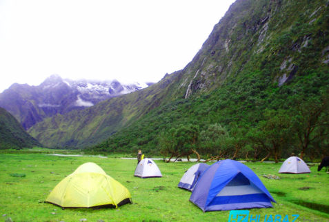 Camping in Huaraz - Peruvian